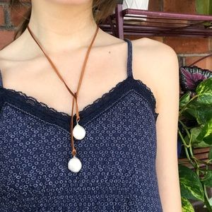 Boho Pearl & Leather Necklace